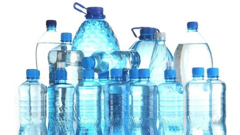 beber agua en ayunas protección a rebajar el